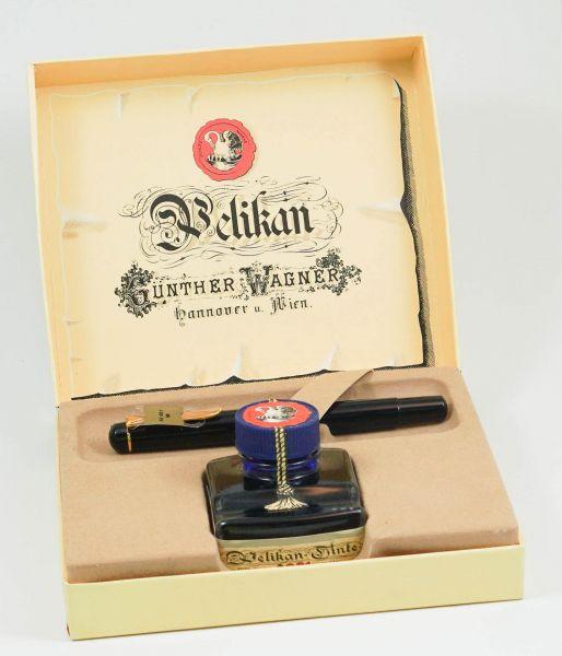 Pelikan Füllfederhalter mit Tintenfass in Originalbox