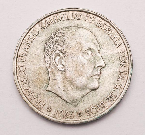 Münze 100 Ptas Franco Caudillo De Espana 1966
