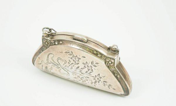 Jugendstil Geldbörse für die Dame Silber