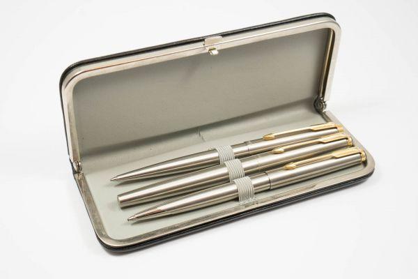 Parker 2 Kugelschreiber und 1 Füllfederhalter mit Lederetui-Copy