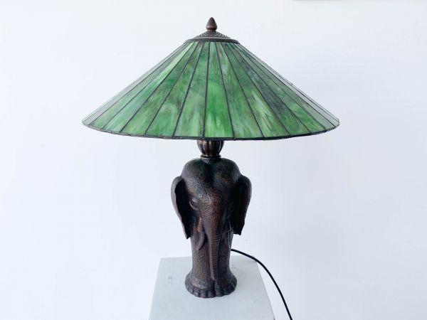 Tiffanylampe Elefant Bronzefuss