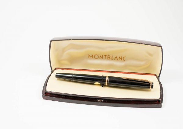 Montblanc Füllfederhalter No 22 in Montblanc Box